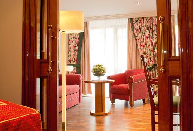 Hotel Dollenberg in Bad Peterstal–Griesbach: Suite type II vue sur le vignoble (Last Minute)