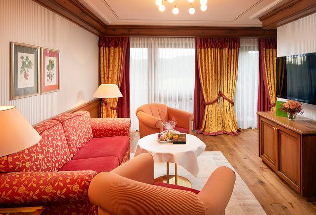 Hotel Dollenberg in Bad Peterstal–Griesbach: Suite type II vue côté vallée (Last Minute)