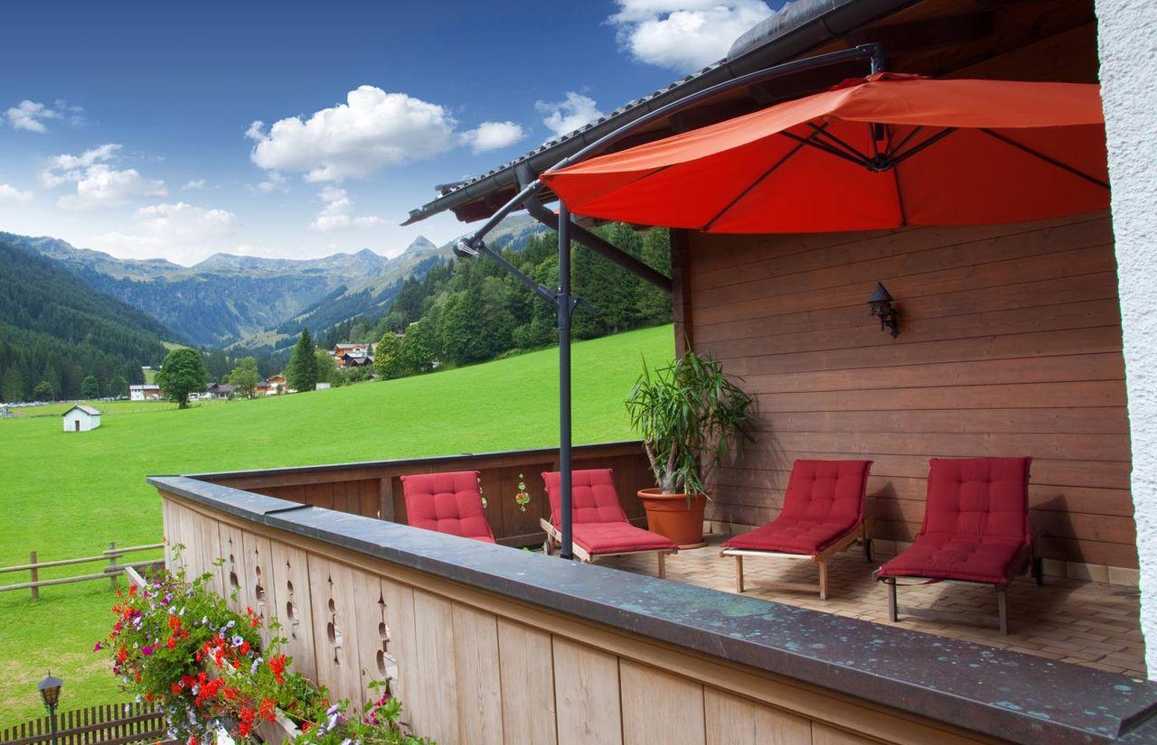 imp_lengauer-hof_balkon.jpg