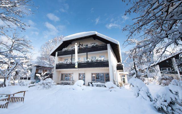 Biohotel Bavaria: Außenansicht Winter