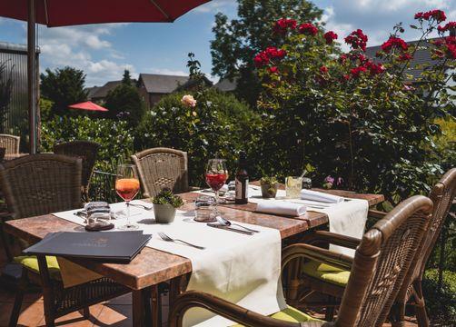 BIO HOTEL Melter: Terrasse Tisch - Bio-Hotel Melter, Bad Laer, Niedersachsen, Deutschland