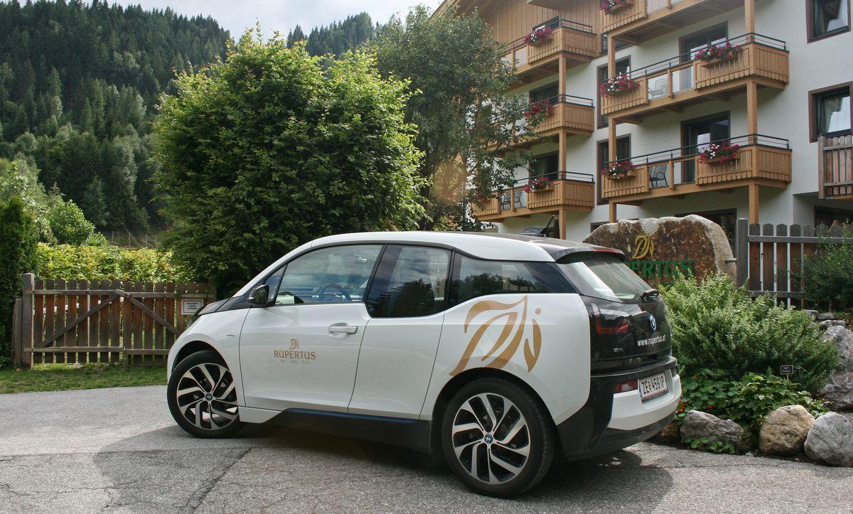 """Bergluft und """"grüne Ausfahrt"""" mit dem BMWi3"""