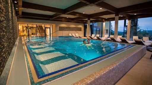 Besuchen Sie die Zertifizierte Happy Schwimmschule im Elldus Resort.