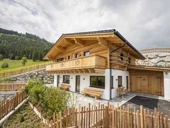 Almdorf Auszeit Fageralm Premium - Master Bedroom - Salzburg - Austria
