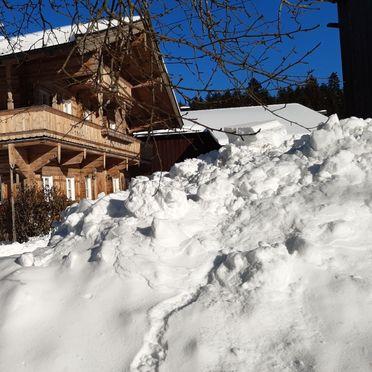 Winter, Bauernhaus Brixen, Brixen i. Thale, Tirol, Tirol, Österreich