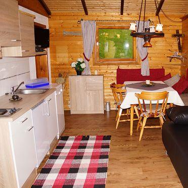Schwammerlhütte, Wohnstube und Küche