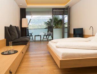 Double view to Merano - Bio- und Wellnesshotel Pazeider