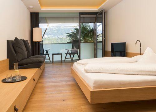 Double view to Merano (1/3) - Bio- und Wellnesshotel Pazeider
