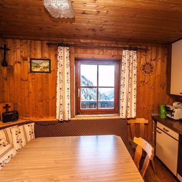 Essecke / Wohnküche, Almhütte Hoanza, Matrei in Osttirol, Tirol, Tirol, Österreich