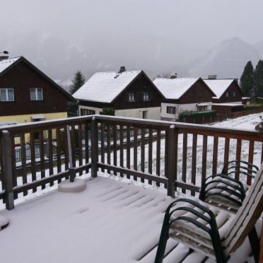 Chalet Spatzennest, terrace in winter