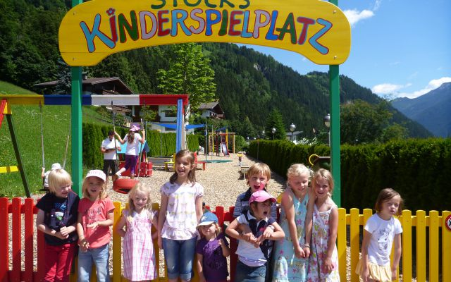 Kinderbetreuung im STOCK Kids Club Stocki