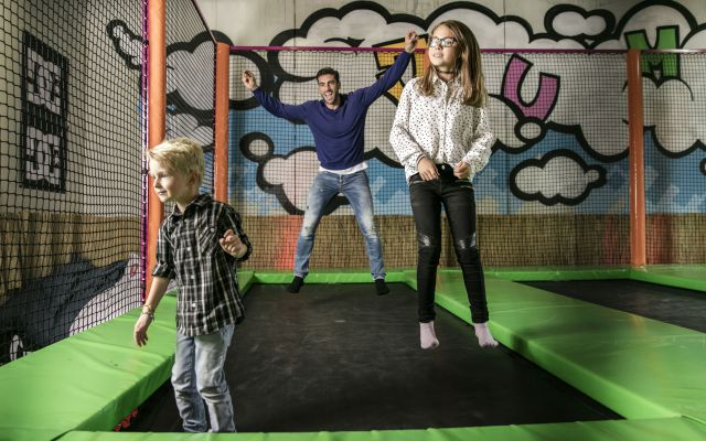 Kinderhotel STOCK ActionPark SkateboardRampe