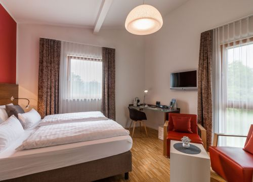 Atelier - Double Room - Komfort (1/6) - Bio Hotel und Restaurant Seehörnle