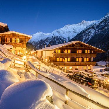 Winter, Grünwald Alpine Chalet, Sölden, Tirol, Österreich