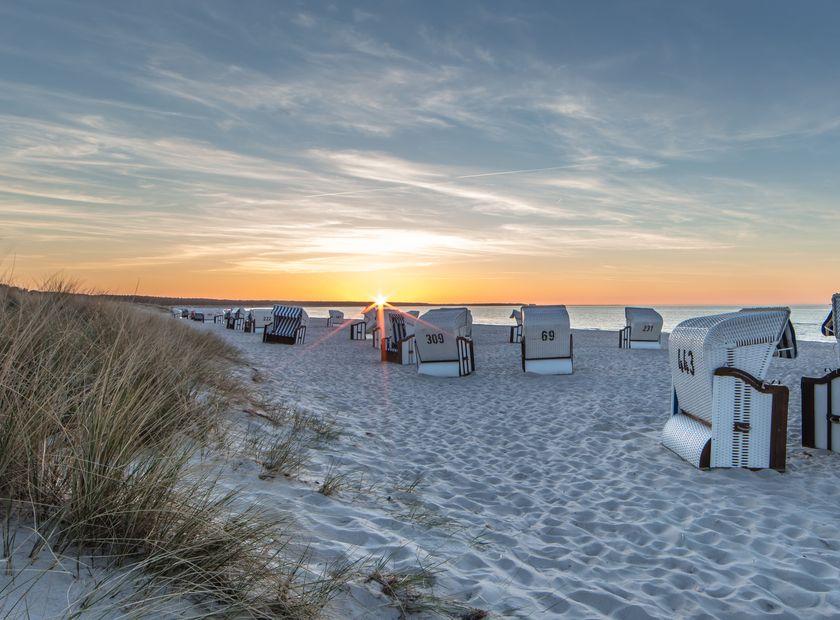 BIO HOTEL Gutshof Insel Usedom: Strand bei Sonnenaufgang - Gutshof Insel Usedom, Mellenthin, Mecklenburg-Vorpommern, Deutschland