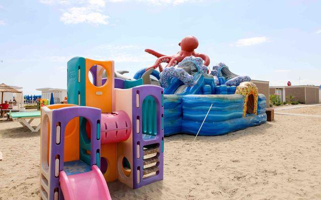Spielbereich am Strand