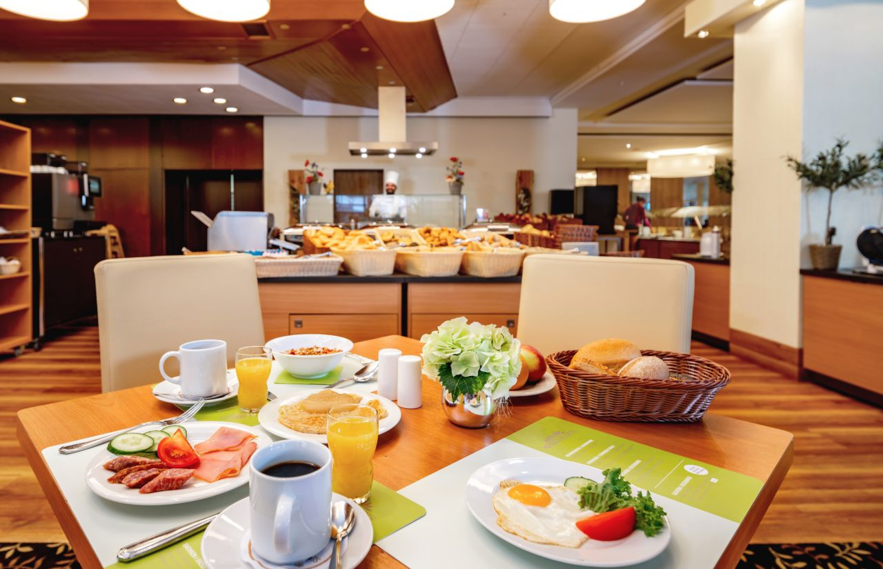 Frühstück im Familienhotel-Restaurant Bergkristall