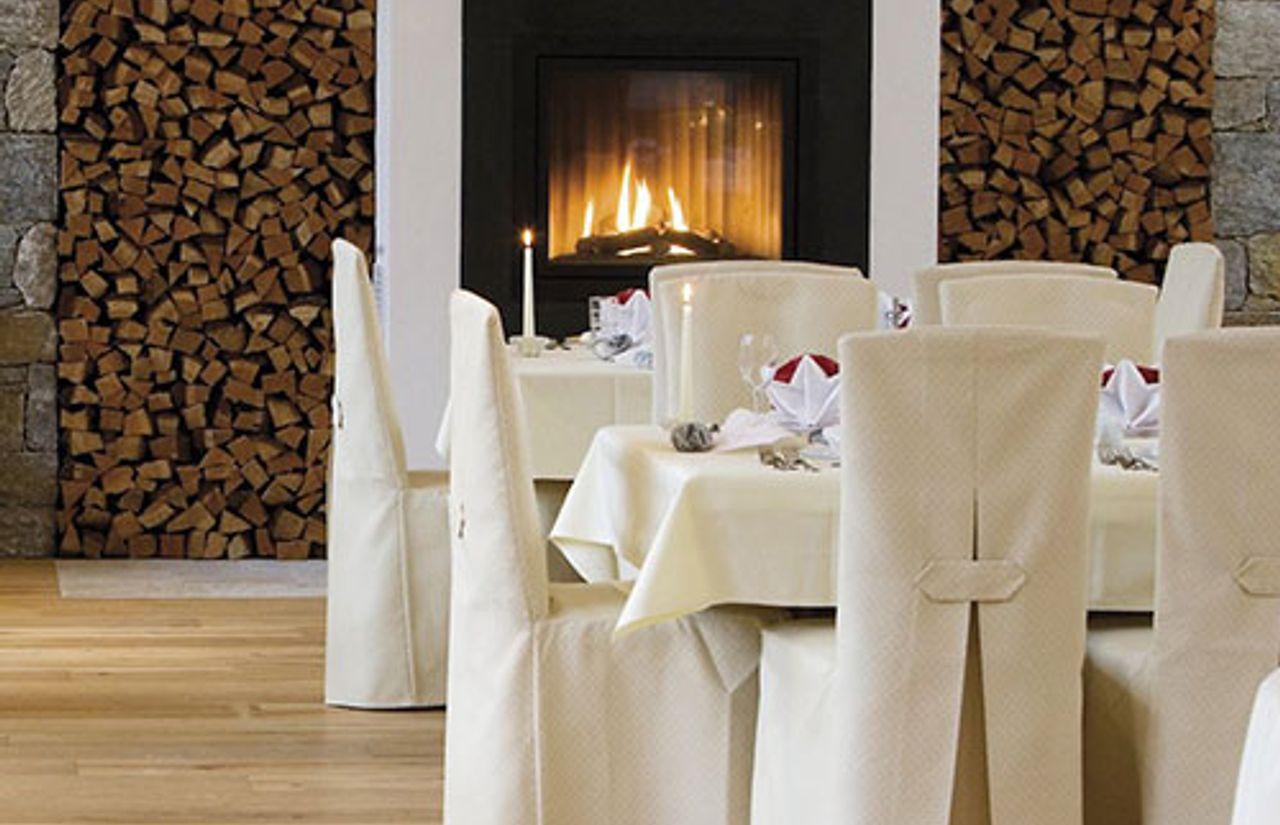 Familienhotel_Bella_Vista_Restaurant.jpg