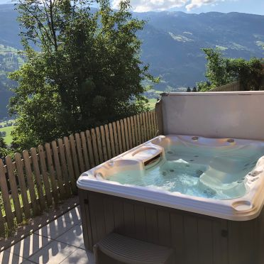 Whirlpool, Premium Chalet ZIRBE in Kaltenbach im Zillertal, Tirol, Tirol, Österreich