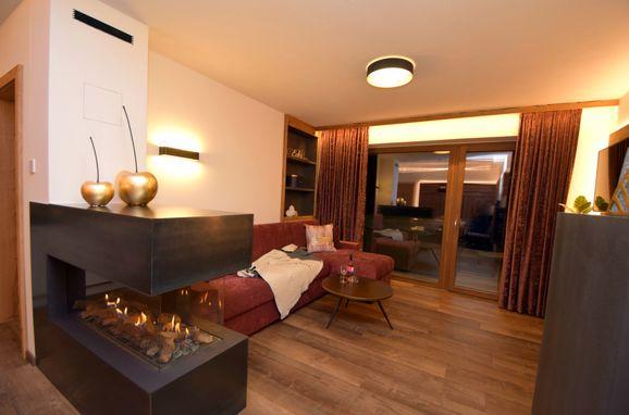 Wohnbereich, Deluxe Suite Goldreh in Kaltenbach im Zillertal, Tirol, Tirol, Österreich