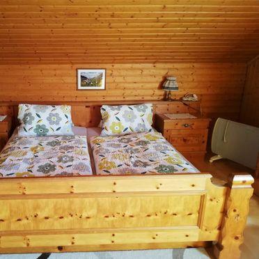 Schlafzimmer , Arnitzalm in Matrei in Osttirol, Tirol, Tirol, Österreich