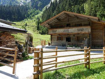 Lacknerbrunn ASTL-Alm - Tirol - Österreich