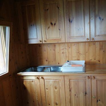 Küche, Amberger Hütte in Paternion-Fresach, Nockregion, Kärnten, Österreich