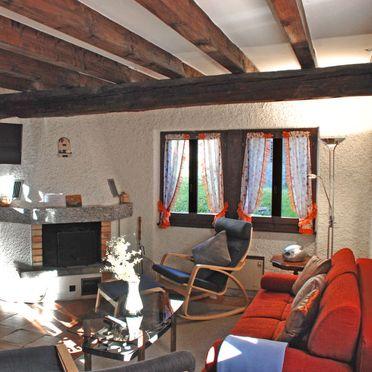 Innen Sommer 2, Rustico Marianne, Aquila, Tessin, Tessin, Schweiz