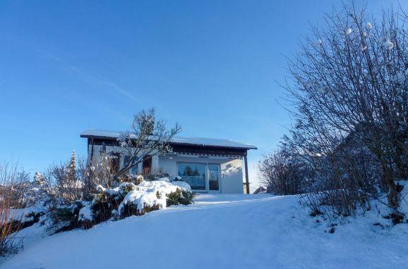 """Außen Winter 15 - Hauptbild, Chalet """"Schöne Aussicht"""" im Schwarzwald, Dittishausen, Schwarzwald, Baden-Württemberg, Deutschland"""