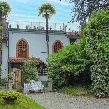 Außen Sommer 3, Castello Torre, Lesa, Lago Maggiore, Piemont, Italien