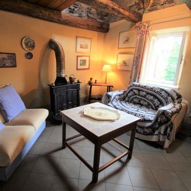 Innen Sommer 5, Castello Annalina, Castelveccana, Lago Maggiore, Lombardei, Italien