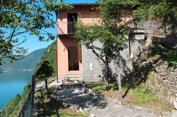 Außen Sommer 1 - Hauptbild, Ferienhaus Ca' Rossa, Porlezza, Luganer See, Lombardei, Italien