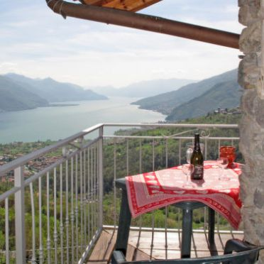 Außen Sommer 18 - Hauptbild, Chalet Antonia, Gravedona, Comer See, Lombardei, Italien