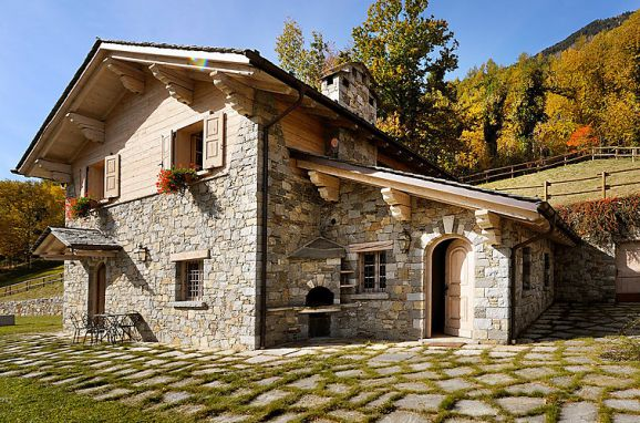 Outside Summer 1 - Main Image, Chalet Anna, Grosotto, Lombardei, , Italy