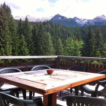 Außen Winter 24, Chalet Baita El Deroch, Predazzo, Fleimstal, Trentino-Südtirol, Italien