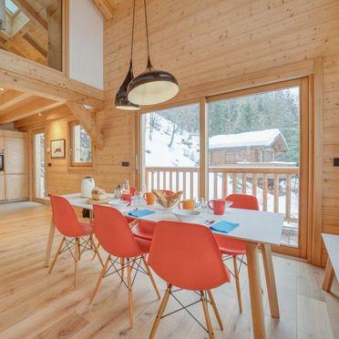 Inside Summer 2 - Main Image, Chalet Penguin Hill, Saint Gervais, Savoyen - Hochsavoyen, Rhône-Alpes, France