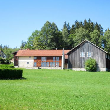 Außen Sommer 1 - Hauptbild, Ferienhütte Mader, Bischofsmais, Bayerischer Wald, Bayern, Deutschland