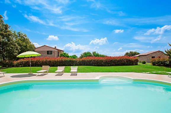 Outside Summer 1 - Main Image, Casa Querce, Sassetta, Riviera degli Etruschi, Tuscany, Italy