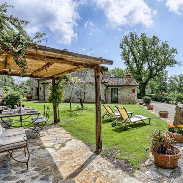 Outside Summer 3, Villa Casale Il Poggino, Castellina in Chianti, Toskana Chianti, Tuscany, Italy