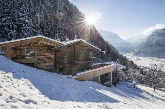 Außen Winter 22 - Hauptbild, Hütte Jörgener, Mayrhofen, Zillertal, Tirol, Österreich