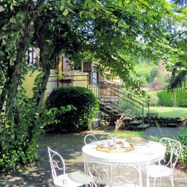 Außen Sommer 3, Residenz Rosa, Porto Valtravaglia, Lago Maggiore, Lombardei, Italien