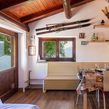 Innen Sommer 4, Rustico la tana del lupo, Gera Lario, Sorico (CO), Lombardei, Italien